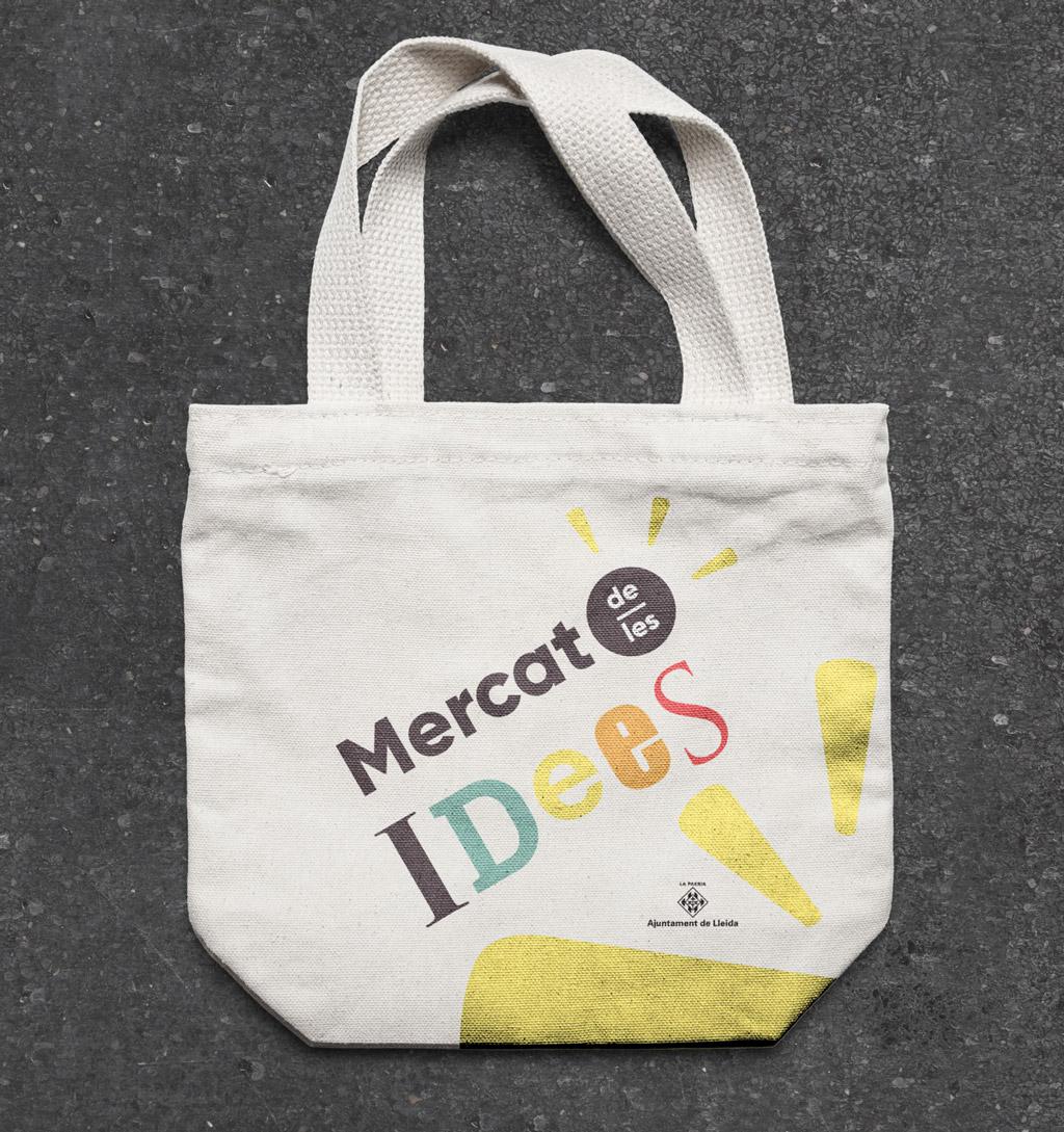 Bolsa de tela con logotipo Mercat de les Idees 2017 Lleida. Bolsa de tela amb logotip Mercat de les idees 2017 Lleida.